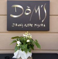 Dom's